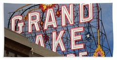 Grand Lake Theatre . Oakland California . 7d13495 Hand Towel