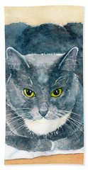 Gray And White Cat With Green Eyes Bath Towel