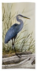 Great Blue Heron Splendor Bath Towel