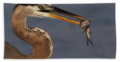 Great Blue Heron W/catfish Bath Towel