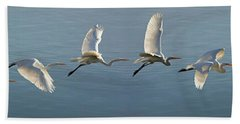 Great Egret Flight Sequence Bath Towel