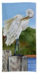 Hand Towel featuring the painting Great Egret Standing by Phyllis Beiser