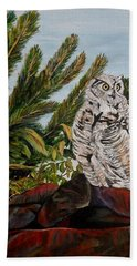 Bath Towel featuring the painting Great Horned Owl - Owl On The Rocks by Marilyn  McNish