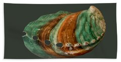 Green And Brown Shell Transparency Bath Towel