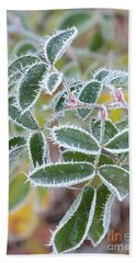 Green Leaves With Hoarfrost Bath Towel