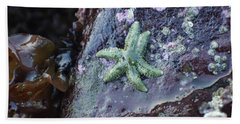 Green Starfish Bath Towel