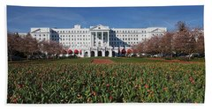 Hand Towel featuring the photograph Greenbrier Resort by Laurinda Bowling