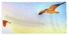 Gull In Sky Bath Towel