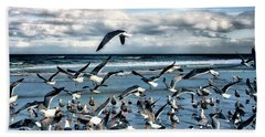 Hand Towel featuring the photograph Gulls by Jim Hill