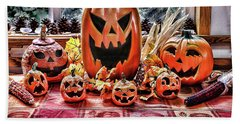 Bath Towel featuring the photograph Halloween Display by Wendy McKennon