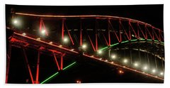 Hand Towel featuring the photograph Harbor Bridge Green And Red By Kaye Menner by Kaye Menner