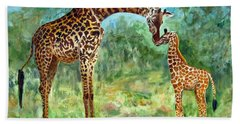 Bath Towel featuring the painting Haylee's Giraffes by LaVonne Hand