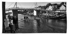 Heading To Sea - Perkins Cove - Maine Bath Towel