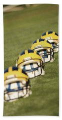 Helmets On Yard Line Bath Towel