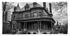 Heritage Hill Mansion In Black And White Hand Towel