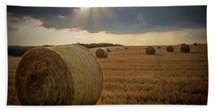 Hand Towel featuring the photograph Hey Bales And Sun Rays by David Dehner