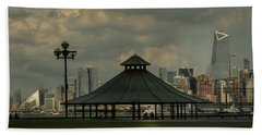 Hoboken, Nj -pier A Park Gazebo Bath Towel