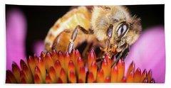 Honey Bee At Work Bath Towel