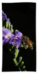 Bath Towel featuring the photograph Honeybee On Golden Dewdrop by Richard Rizzo