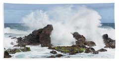 Hand Towel featuring the photograph Hookipa Point by Randy Hall