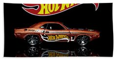 Hot Wheels '70 Dodge Challenger Bath Towel