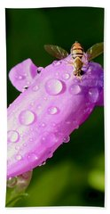 Hoverfly On Pink Flower Hand Towel