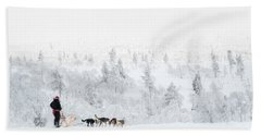 Hand Towel featuring the photograph Husky Safari by Delphimages Photo Creations