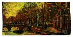 I Amsterdam. Vintage Amsterdam In Golden Light Bath Towel