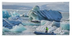 Icebergs On Jokulsarlon Lagoon In Iceland Hand Towel