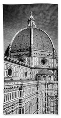 Bath Towel featuring the photograph Il Duomo Florence Italy Bw by Joan Carroll