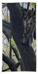 In The Shadow-ojibway Great Horn Owl Bath Towel