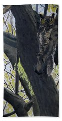 In The Shadow-ojibway Great Horn Owl Hand Towel