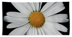 In The Spotlight White Daisy Hand Towel