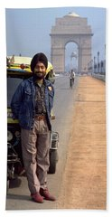 Hand Towel featuring the photograph India Gate by Travel Pics
