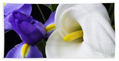 Iris And Calla Lily Bath Towel