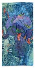 Iris Lace With Wild Columbine Bath Towel