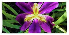 Hand Towel featuring the photograph Island Iris 2 by Penny Lisowski