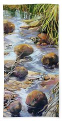 Hand Towel featuring the painting Island Oasis by Rae Andrews