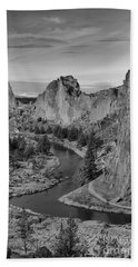 Jagged Peaks And The Crooked River Bath Towel