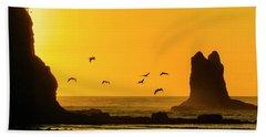 James Island And Pelicans Bath Towel