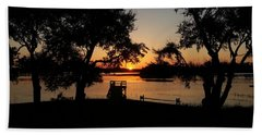 Bath Towel featuring the photograph Johns Island Sunset by Robert Knight