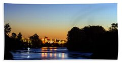 Jupiter And Venus Over The Willamette River In Eugene Oregon Hand Towel