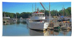 Hand Towel featuring the photograph Kennebunk, Maine - 2 by Jerry Battle