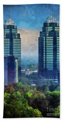 King And Queen Buildings Bath Towel