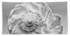 Hand Towel featuring the photograph Knobbed Whelk by Benanne Stiens