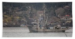 Bath Towel featuring the photograph Kwiaahwah by Randy Hall