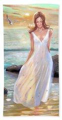 Lady Walking On The Beach Bath Towel