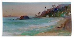 Hand Towel featuring the painting Laguna Beach Plein Air by Sandra Strohschein