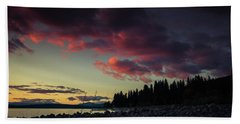 Hand Towel featuring the photograph Lake Dreams by Jan Davies