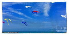 Lake Erie Kite Flying Hand Towel